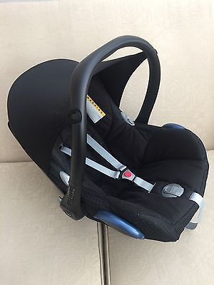 Maxi Cosi Cabrio Fix Car Seat Infant Carrier /free P&p To Uk