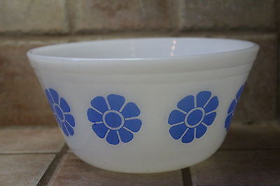 Federal Glass Blue Daisy Flower Mixing Bowl Federal Glass Oven Proof Blue Daisy
