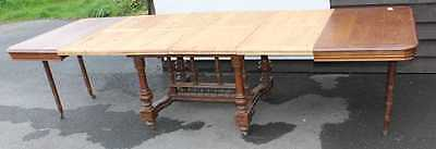 1900's Large Quality Carved Oak Parquet Draw Leaf Table with Plain Leaves