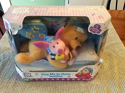 Disney Winnie the Pooh Sing Me to Sleep Soother Baby Crib Toy READ DESCRIPTION