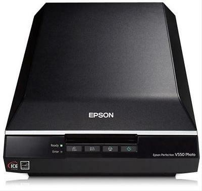 235G359 Perfection V550 Photo Scanner Piano A4 Usb                    .in