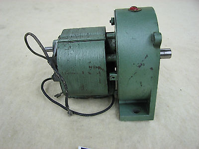 New England Gear Works HD-4 Gearmotor, 400 RPM,  Lot G1