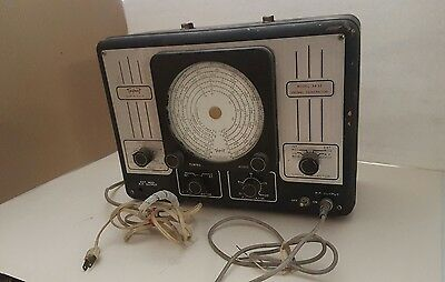 Vintage Triplett 3432 Signal Generator Test Equipment