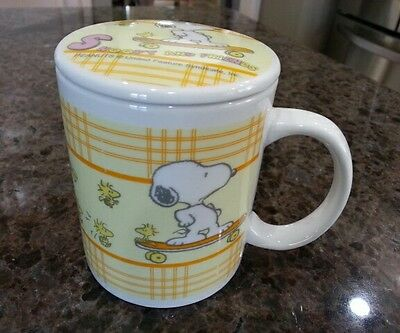 Snoopy and Friends Woodstock Skateboarding Ceramic Mug Cup with Lid