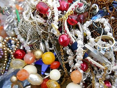 20lbs Jewelry Vintage New Antique to Wear or Repair Mixed Lot 20-3
