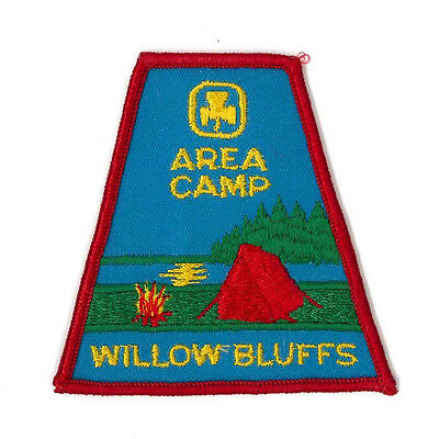 Girl Guide Scout Brownie BADGE PATCH – new! Canada Willow Bluffs Area Camp 3""