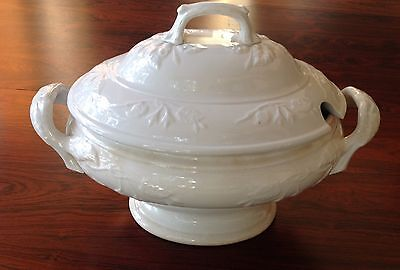 Antique English White Ironstone Large Soup Tureen covered dish lid China Vtg