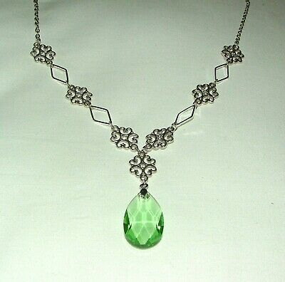 Lacy Filigree Victorian Style Light Green Glass Crystal Dark Silver Pl Necklace