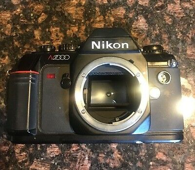 Vintage Nikon /n2000 35Mm Film Camera Sold As Is For Parts