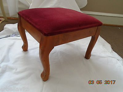VINTAGE PADDED UPHOLSTERED WOODEN FOOT STOOL #20525 from PAXTON in Pa.