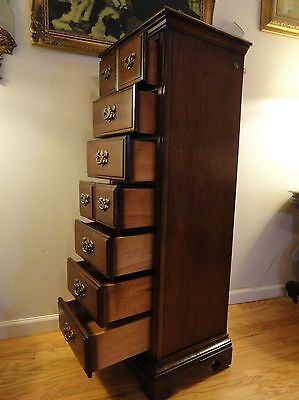 Vintage Signed American Drew Traditional 7 Drawer Lingerie Chest