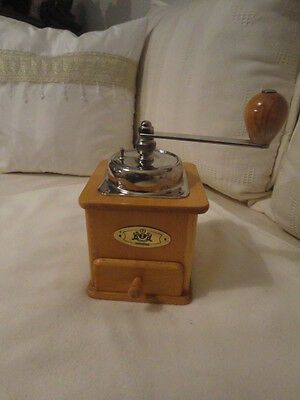 "very nice, german coffee grinder ""R.Z."",Robert Zassenhaus"
