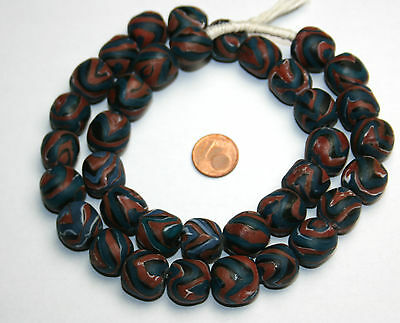 Strang twisted african trade beads