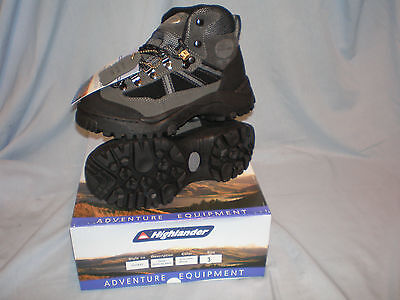 Higlander Oslo walking boot size 3