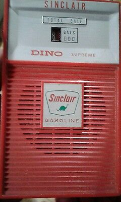 Sinclair  Dino Supreme Red Gas- pump radio not working
