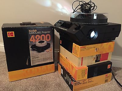 Kodak Carousel 4200 Projector with Remote& 5 Trays +Used Slides (WORKS GREAT)
