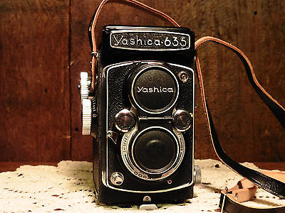 Vintage Yashica 635 camera, 35 mm with accessories: lenses, flash, filter, cable