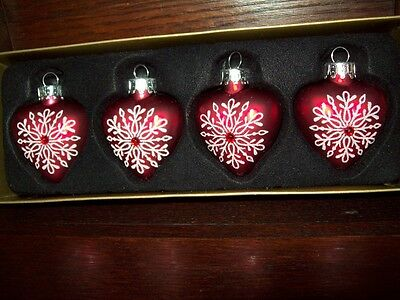 "NEW 1 1/2"" PUFFED HEART ORNAMENTS SET of 4 GLASS red/silver"