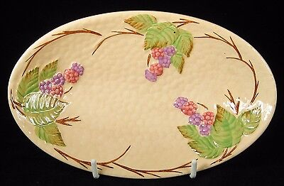 Wade Pink & Purple 'Bramble' Berries Embossed Oval Dish 1950-5