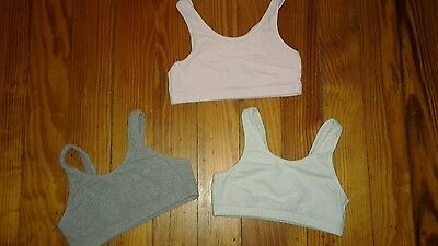 EUC Fruit of the Loom Lot of 3 Girls Sports Bra Size 32 Gray Pink White