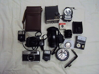 Vintage 15+ Lot assortment of Cameras,cases, accessaries