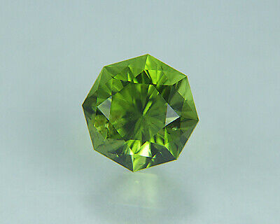 Peridot. Octagonal Shape. Precision Cut. Gorgeous Stone. 8.35mm. 2.75cts.