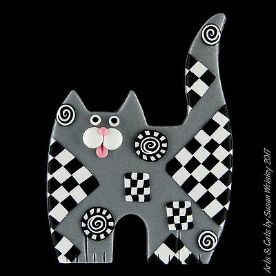 Standing Silver Kitty Cat with Black & White Checks Pin - SWris
