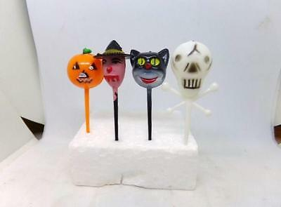 4 Vintage Hard Plastic Halloween Cake or Cup Cake Picks- Cat Pumpkin Witch More