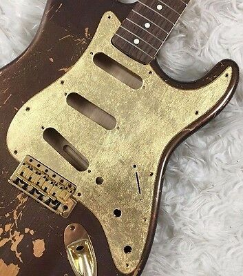Pickguard Fender Stratocaster style GOLD LEAF foglia oro GLOSSY SSS scratchplate