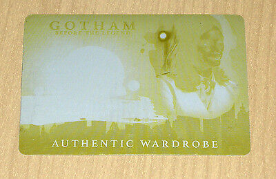 2017 Cryptozoic Gotham season 2 print plate yellow Lee Morena Baccarin wardrobe