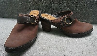 Clarks Artisan Brown Suede Leather Slip-On Clog Mule Heels Shoes Women's size 7M