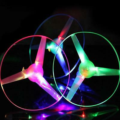 Multi Color LED Light up Flashing Flying UFO Saucer Helicopter Child Toy W0#