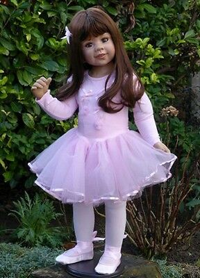 Sabrina Brunette By Masterpiece Dolls ~Great Theme~ Girls Love to be a Ballerina