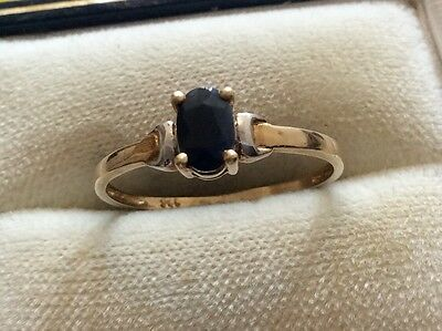 Pretty Ladies 9ct Gold With White Gold Shoulders Sapphire Solitaire Ring -Size O