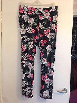 Stunning New Look Maternity Floral Trousers 10