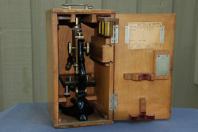 E.Leitz-Wetzlar Antique 1911 German Microscope, refurbished,  With wood Case