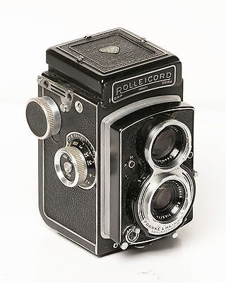 ROLLEICORD V-1955-XENAR f3.5 -ORIG. CASE-VERY GOOD CONDITION-WORKS WELL