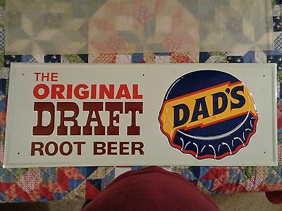 Vintage,DAD'S ROOTBEER tin soda Sign,Beautiful condition,31x12.excellent.