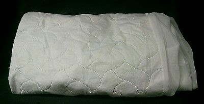 American Baby Waterproof Fitted Quilted Crib toddler Bed  Protective Pad, White
