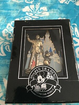 2005 Disney Walt And Mickey Pin