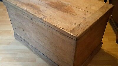 Antique Victorian Old Pine Chest / Trunk / Cabinet makers chest Blanket box