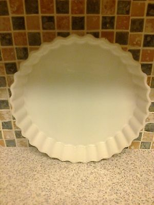 Rayware Flan Quiche Dish White 9.75 Inches Across