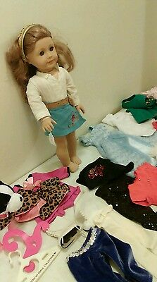 American Girl Doll of the Year: Nikki lot with clothing and accessories