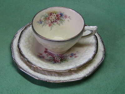 Crown Ducal. Florentine. Picardy. Trio: Cup, Saucer, and Small Plate.