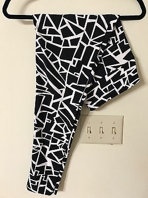 NWT Lularoe Leggings TC Tall And Curvy Unicorn -  Blocks Lines Black White