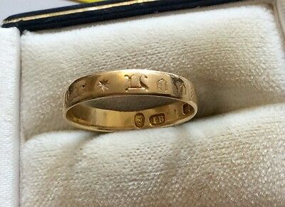 Really Unusual Full Hallmarked 18ct Gold Band Ring With Medieval Lettering  - N