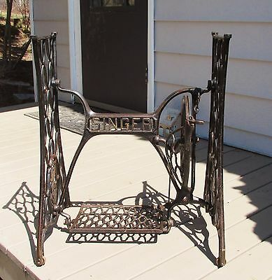 Vintage Singer Treadle Sewing Machine Cast Iron Base Table Industrial Age