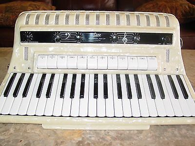 Philharmonic Sano electric pickup system accordion 3/5 reed