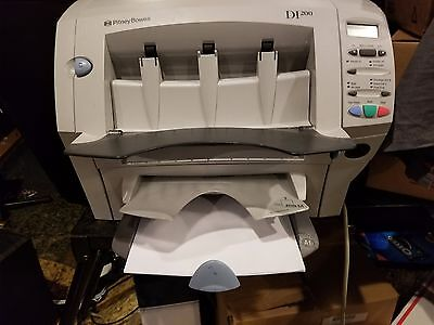 Pitney Bowes DI200 Office Right Folding and Inserting System    very low count