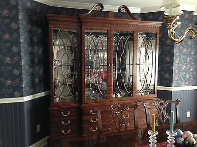 Henredon Rittenhouse Square Mahogany Chippendale Style Breakfront